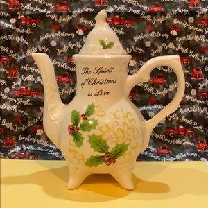 Christmas Teapot NWOT